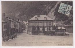 08 MONTHERME Le Remblai, Calèche Devant La Maison - Montherme