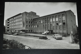 256- Winschoten, Sint Lucasziekenhuis - Auto's - Winschoten