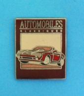 1 PIN'S  //   ** AUTOMOBILES CLASSIQUES / MAGAZINE ** . (Démons & Merveilles) - Badges