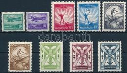 * 1933 Repül? Sor (*40.000) (20f Foghiba / Perf. Fault) - Stamps