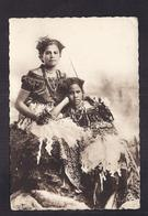 CPSM ILES FIDJI - MISSIONS MARISTES D'OCEANIE - Types Océaniens : Jeunes Filles Fidjiennes TB GROS PLAN - Fidji