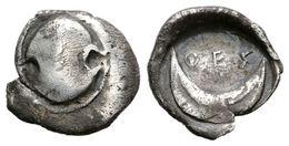 7 BOIOTIA, Thespiai. Obolo. Primera Mitad Del Siglo IV A.C. A/ Escudo Boiotiano. R/ TS Encima De Media Luna Abierta Haci - Spain