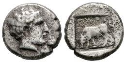 21 TROAS, Gargara. Dracma. 450-400 A.C. A/ Cabeza De Apolo A Derecha. R/  Caballo Pastando A Izquierda Sobre El GAG, Tod - Spain