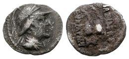 25 EUKRATIDES I. Obolo. 170-145 A.C. Baktria. A/ Busto Drapeado Y Con Casco A Derecha. R/ Piloi De Los Dióscuros Coronad - Spain