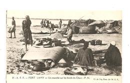 CPA AFRIQUE A.E.F. FORT LAMY Un Marché Sur Les Bords Du Chari - Cartes Postales