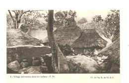 CPA AFRIQUE A.O.F. Village Dahoméen Dans Les Rochers - Autres