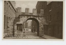 ROYAUME UNI - SCOTLAND - DUNDEE -  The Wishart Arch - Angus
