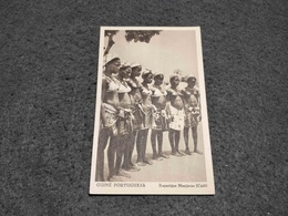 ANTIQUE POSTCARD PORTUGUESE GUINEA TRIBAL NAKED RAPARIGAS MANJACAS  UNUSED - Guinea-Bissau