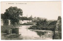 CPA, Bergues, Les Fortifications (pk48192) - Bergues