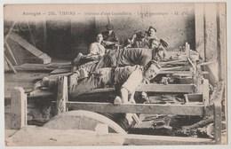 CPA 63 THIERS Intérieur D' Une Coutellerie - Les Rémouleurs - Thiers