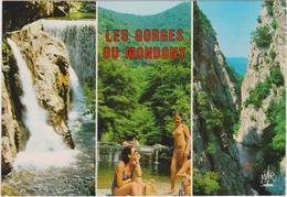 Pyrénées  Orientales :  AMELIE  Les BAINS  : Vues , Les Gorges Du Mondony ( Femme  Sein Nue) - France