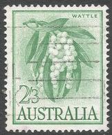 Australia. 1959-64 Definitives. 2/3 Yellow Green Used. SG 324a - 1952-65 Elizabeth II : Pre-Decimals