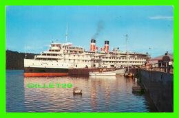 "BATEAUX - SHIP -  "" S. S. TADOUSSAC "" -  SAGUENAY CRUISE SHIP - CANADA STEAMSHIP LINES LIMITED - - Piroscafi"