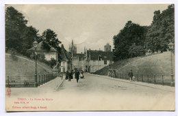 CPA - Carte Postale - Belgique - Ypres - La Porte De Menin - 1904 (CP3681) - Ieper