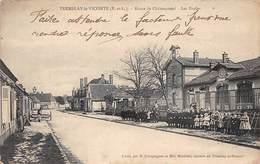 TREMBLAY LE VICOMTE - Route De Châteauneuf - Les Ecoles - Très Bon état - Autres Communes