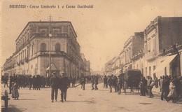BRINDISI-CORSO UMBERTO I E CORSO GARIBALDI- CARTOLINA ANIMATISSIMA-VIAGGIATA IL 24-10-1910 - Brindisi