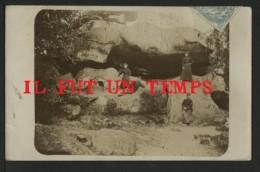 77 FONTAINEBLEAU -  Grotte Des Ermites, à Franchard, En Forêt De Fontainebleau. - CPA PHOTO - Fontainebleau