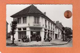 CPSM 14 X 9 * * DUGNY * * Centre Ville - Le Bureau De Tabac - Dugny