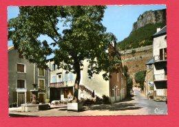 CPSM (Réf : (C510)  TRÈVES (30 GARD) Ac 68 Place De La Fontaine - Autres Communes