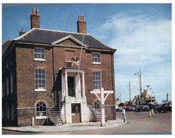 (800) UK - Poole Custom House - Dogana