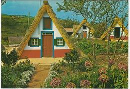 Santana - Casas Tipicas  -  Madeira - Madeira