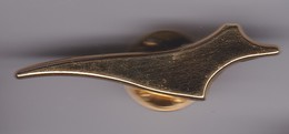 Pin's  CONCORDE SIGNE ARTHUS BERTRAND - Mercedes