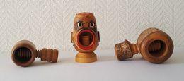 Lot De 3 Anciens Casse Noix - Nutcracker En Bois En Bel état - Autres Collections
