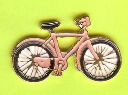 Pin's Bicyclette Vélo - 7M27 - Radsport