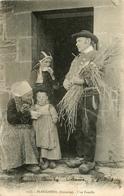 Plougastel * Finistère * Une Famille * Coiffe - Plougastel-Daoulas