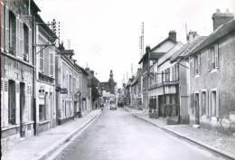 78 - Bonnières : La Rue Marcel Sembat - Voitures (Citroën 2CV...) - Bonnieres Sur Seine