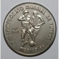 CUBA - KM 184 - 1 PESO 1988 - CHAMPIONNAT DU MONDE DE FOOT 1986 - FLEUR DE COIN - Cuba