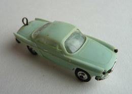 VOITURE - AUTOMOBILE RENAULT CARAVELLE  Vert D'eau - Micro NOREV 1/86 Avec Vis Pour Attache Porte Clés - Echelle 1:87