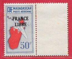 Madagascar PA N°51 50F Outremer, Rouge & Noir 1942 ** - Madagascar (1889-1960)