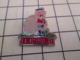 513e Pin's Pins : BEAU ET RARE :  THEME SPORTS / RUGBY CLUB S.A. HAUTERIVE BALLON OVALE - Rugby