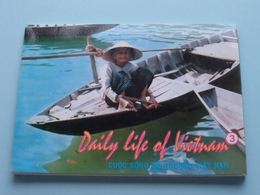 DAILY LIFE Of VIETNAM ( Carnet Of 10 Cards ) Hoang Duc Thu - Anno 1994 ( Zie Foto's ) ! - Viêt-Nam