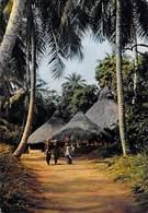 Afrique-CÔTE D'IVOIRE Village Sous Les Palmes (Palm-trees Tree Arbres Arbre)  ( - Editions Hoa-Qui 3213 *PRIX FIXE - Côte-d'Ivoire