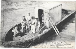 44 - ST NAZAIRE - SCAPHANDRIER Se Préparant à Descendre Dans Le Bassin -ANIMATION, Echelle -1908 -coll DELAVEAU Cli.L.C. - Saint Nazaire
