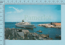 Curacao N. A. -  Big Boat At The Harbor Entrance -  Postcard,  Carte Postale - Curaçao