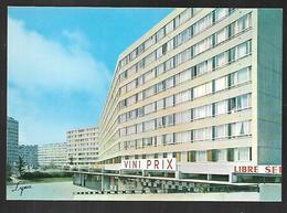 Cpm 9514252 Argenteuil Immeuble Avenue Georges Clémenceau, Vue Sur Jardin D'enfants Et Sur La Tour Du Coudray Viniprix - Argenteuil