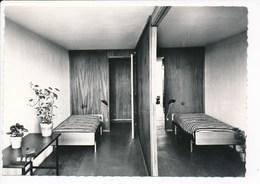 Carte ( Format 15 X 10,5 Cm ) De BRIEY EN FORET  La Cité Radieuse  Architecte Le Corbusier Chambre Décor Antoine Benoit - Briey