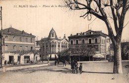 V14929 Cpa 30 Alais - Place De La République - France