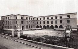 V14968 Cpsm 19 Brive - Ecole Bossuet - Brive La Gaillarde