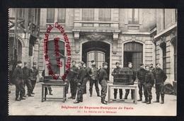 P850 - Sapeurs Pompiers Paris - La Théorie Sur Le Bâtiment - Carte Issue D'un Carnet - Editeur Rooryck - Sapeurs-Pompiers