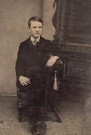 USA ? Portrait Garcon Adolescent Assis Ancien Ferrotype Photo 1880's - Photographs