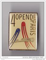 PIN'S  THEME TENNIS  4 EME OPEN DE PARIS BERCY  1989 - Tennis