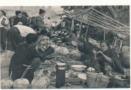 """LAOS, VENTIANE - Carte Photo Légendée Au Verso """" Les Petits Marchands, 1959"""" - Laos"""