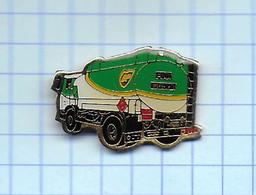Pin's Pins /  THEME CARBURANT  B. P. Camion Citerne / Rare Et De Belle Qualité - Fuels