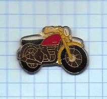 Pin's Pins /  THEME TRANSORT   / MOTO - Motorbikes