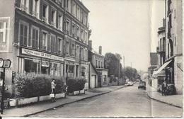 CPSM  France    95   Val D'Oise  Deuil La Barre  Rue De La Gare - Deuil La Barre