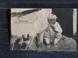 Z24 - Guerre De 1914 - Soldat Indien Fumant Près De Sa Tente - Timbre Taxe Au Dos - Guerre 1914-18